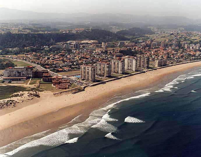 El tiempo en playa de salinas castrill n asturias - Tiempo en salinas castrillon ...