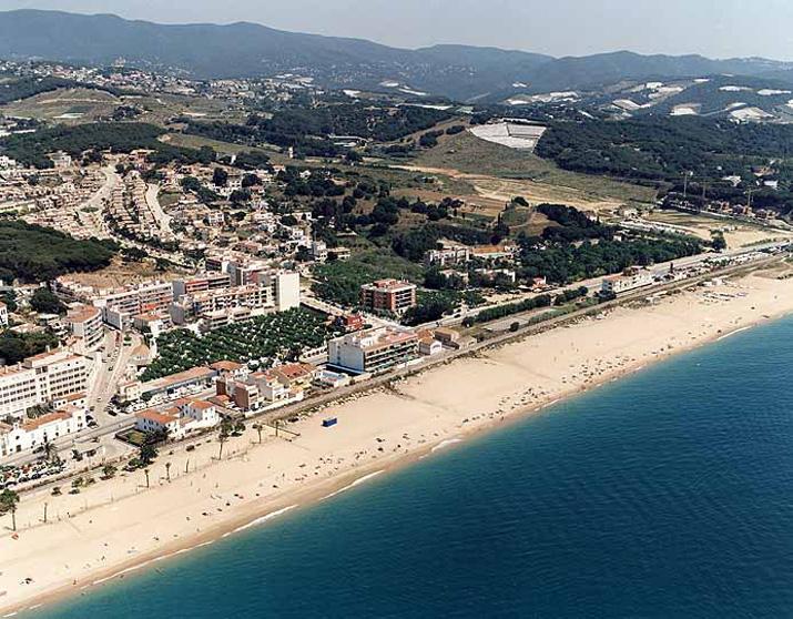 El tiempo en playa de canet de mar canet de mar for Piscina canet de mar