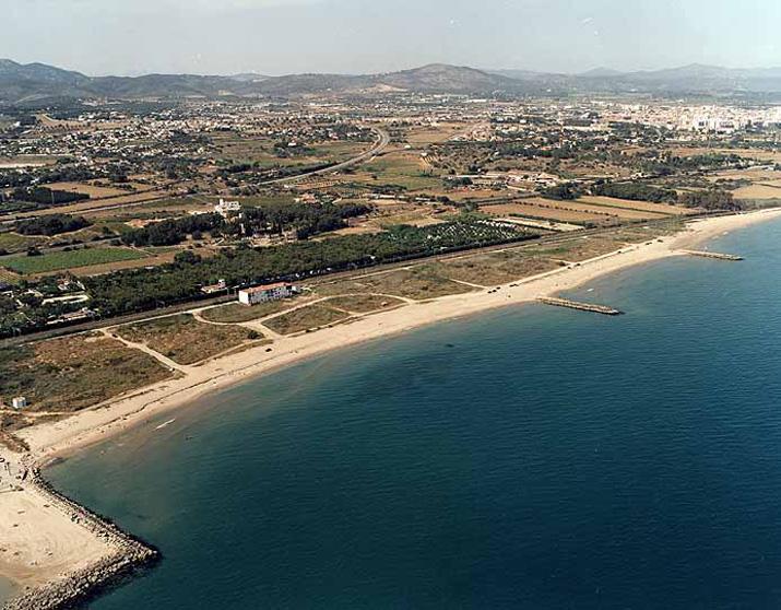 El tiempo en platja llarga d 39 ibersol playa en vilanova i - Temperatura vilanova i la geltru ...
