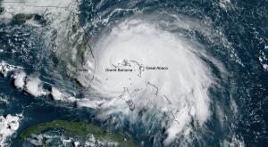 Huracanes cada vez más lentos y devastadores. ¿Por qué?