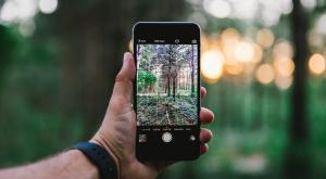 ¿Debería cambiar de móvil? El medio ambiente piensa que no