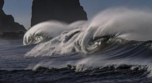 Aprovechar la energía de las olas: ventajas y desventajas